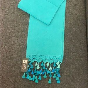 Accessories - NWT turquoise Baby Alpaca peruvian scarf